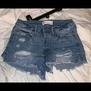 ✰distressed shorts ✰